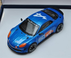 Alpine Celebration Le Mans 2016 - model w etui w skali 1:43
